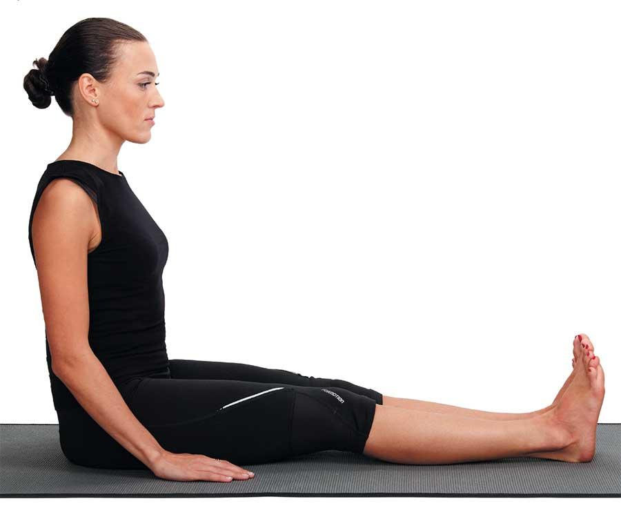 Пашчимоттанасана или поза наклона к ногам сидя в йоге: техника выполнения, польза, противопоказания