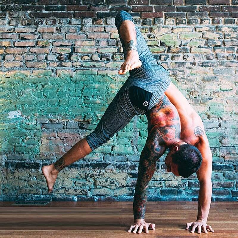 Подходящая для йоги одежда