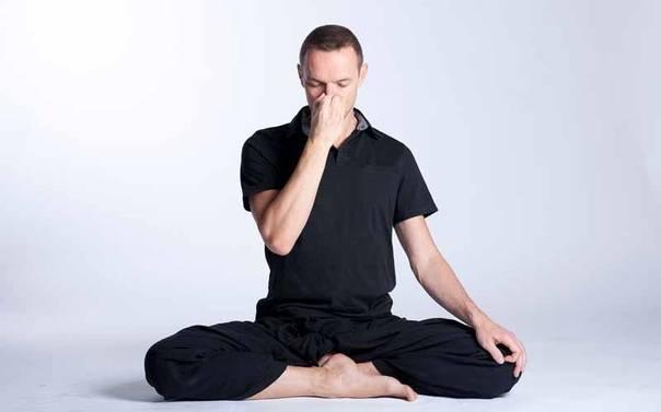 Точечный массаж и эфирные масла: традиционные способы лечения простуды
