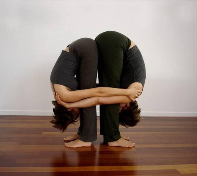 Парная йога: фото, видео, позы для начинающих и детей
