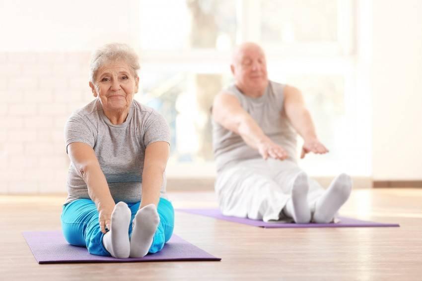 Йога для пожилых: польза для организма, примеры комплексов