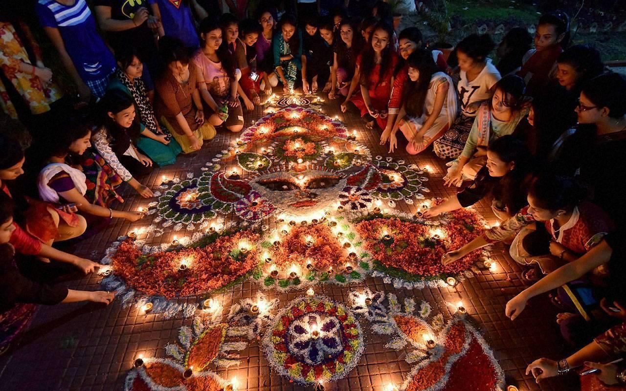Что такое и как проходит праздник Дивали в Индии?