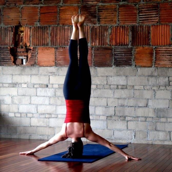 Все особенности йоги для женщин после 50-60: польза, комплекс для начинающих и рекомендации
