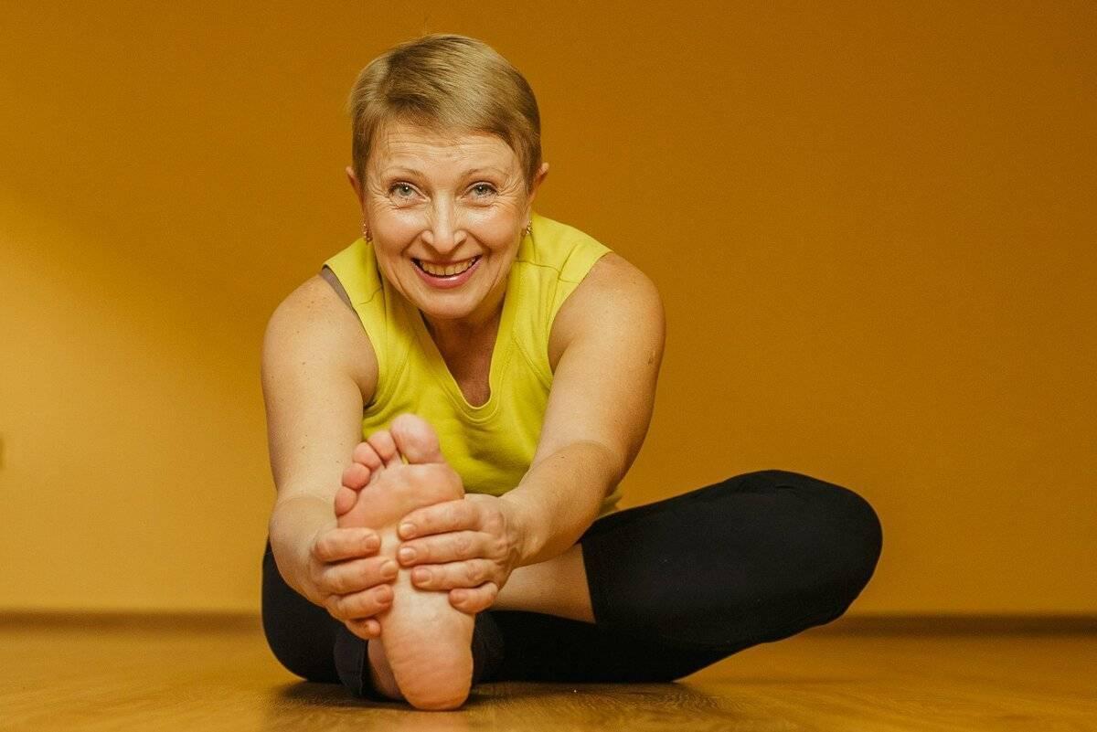 Йога для пожилых: особенности выполнения упражнений