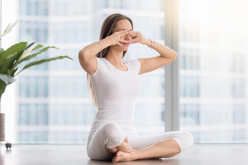 Враджана-пранаяма — дыхательные упражнения при ходьбе
