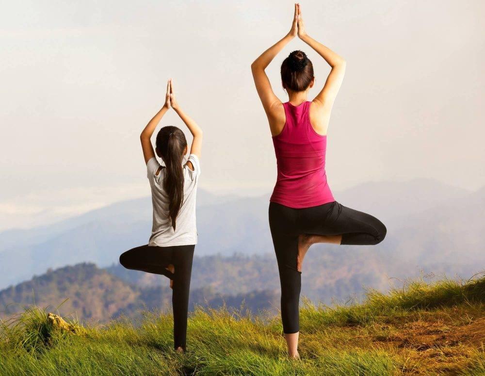 Хатха-йога: базовые упражнения и отличие от обычной йоги