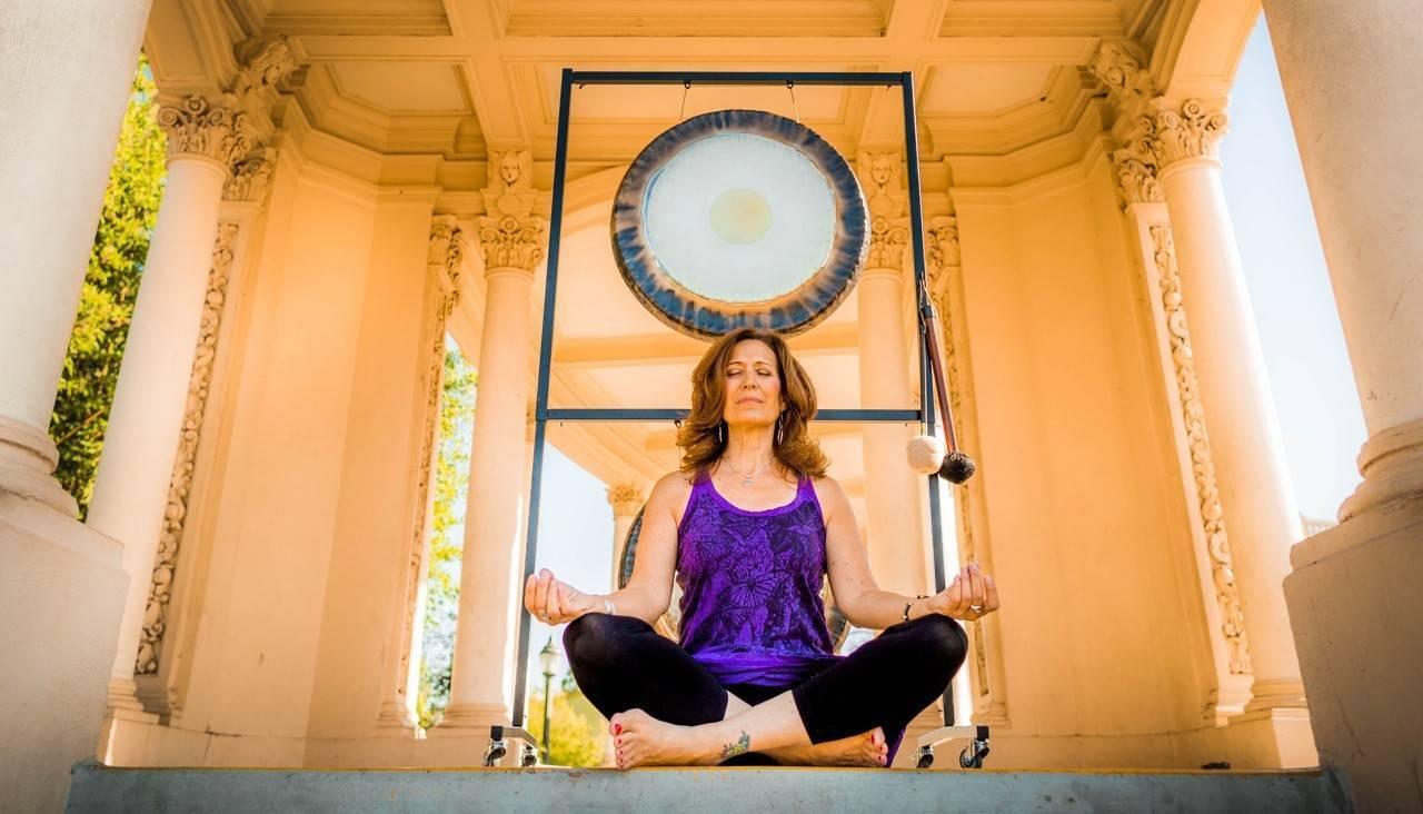 К чему приведут 5 минут медитации в день  :: здоровье :: рбк стиль