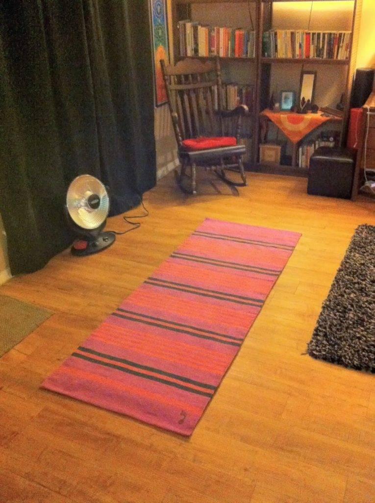 Коврики для йоги: как выбрать, особенности, виды и отзывы