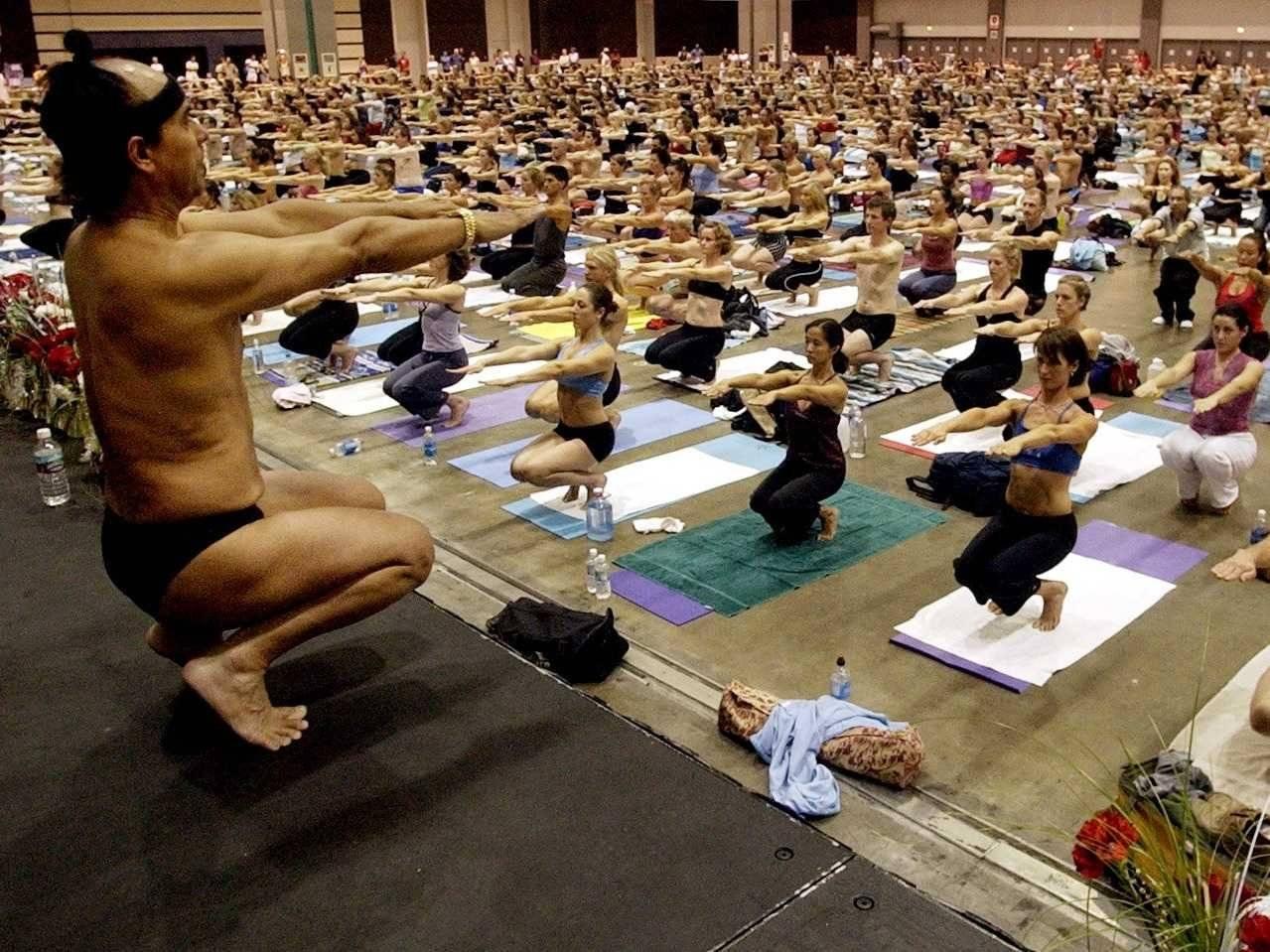 День йоги: виньяса, анусара, рокет и другие ее виды для новичков и продвинутых