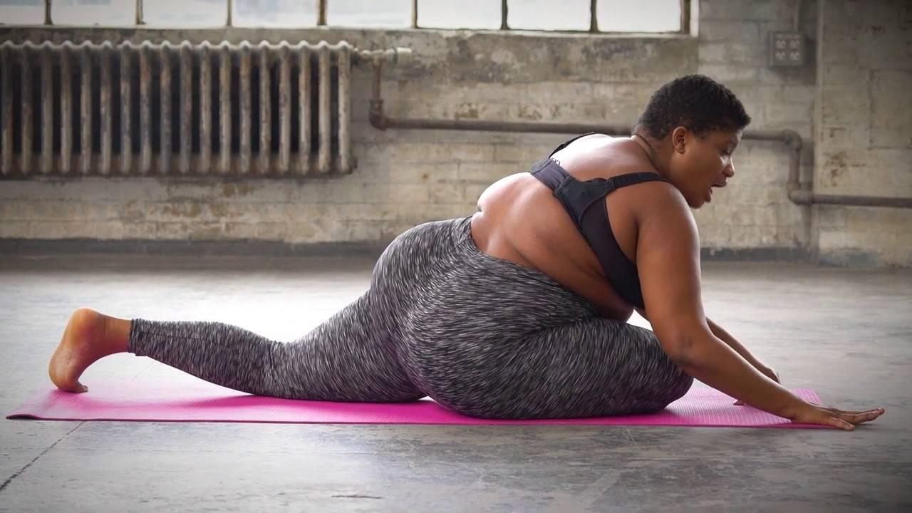 Простая йога для женщин после 40, 50 и 60 лет