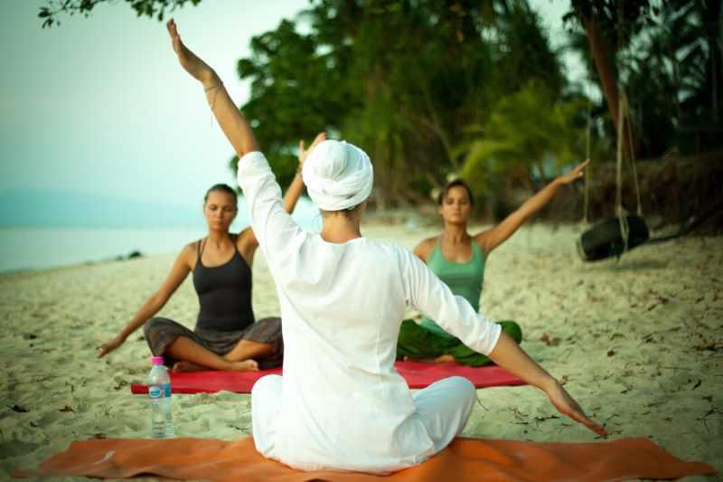 Польза и вред йоги для женского и мужского организма | medical note