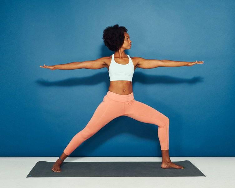 Секреты выполнения паршвоттанасаны, техника позы бокового вытяжения в йоге, польза асаны