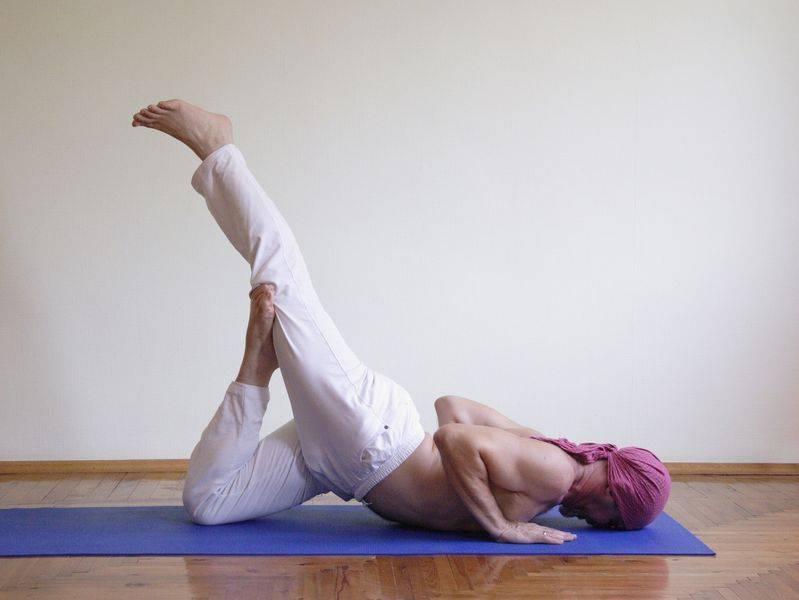 Йога для мужчин: силовая, для повышения потенции, для похудения, комплекс упражнений для начинающих, фото