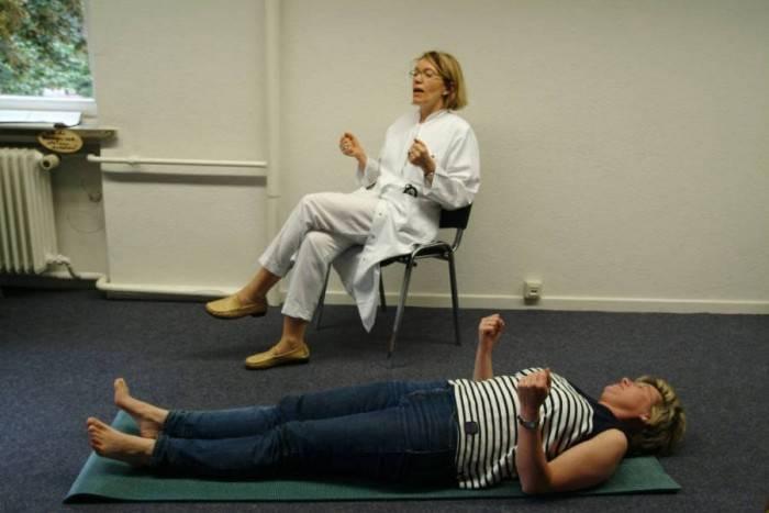 Метод джекобсона (прогрессивная мышечная релаксация). гипноз: самоучитель. управляй собой и окружающими