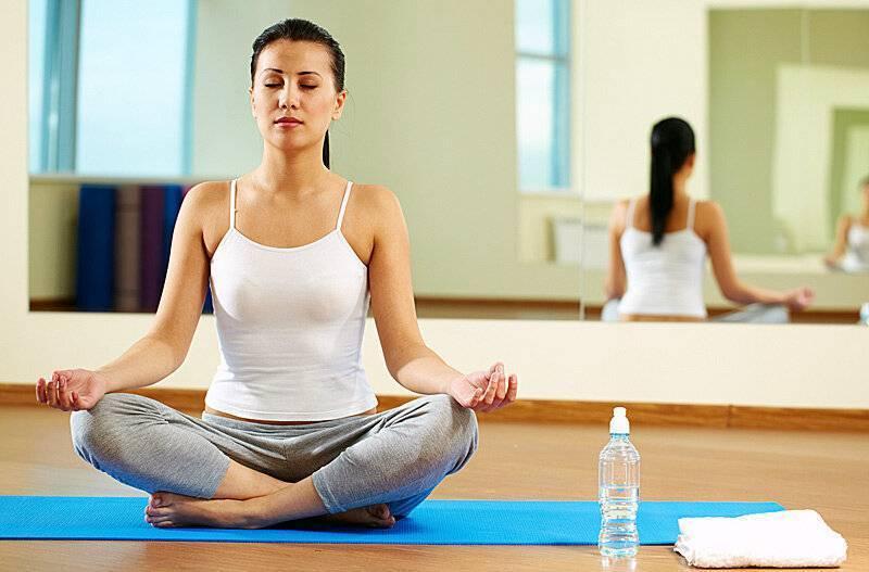 Йога для начинающих — занимаемся дома самостоятельно