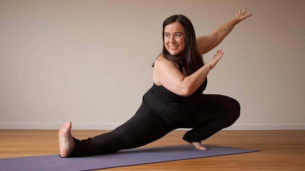 Йога для полных и толстых женщин и мужчин: упражнения для быстрого похудения начинающим