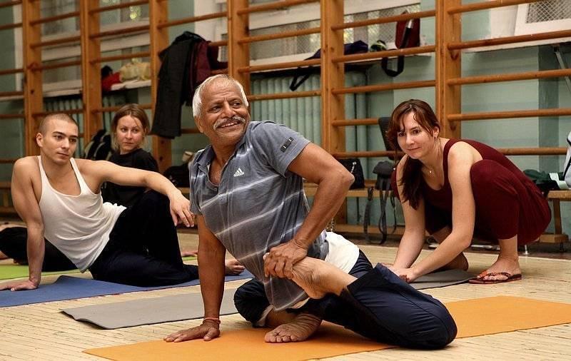 106-летний йог свами йогананда.