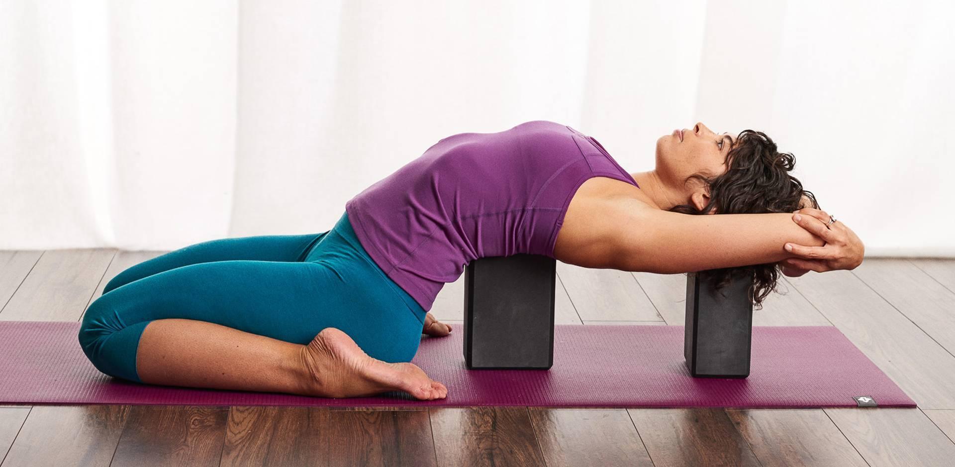 Практикуем йогу в паре и налаживаем взаимоотношения