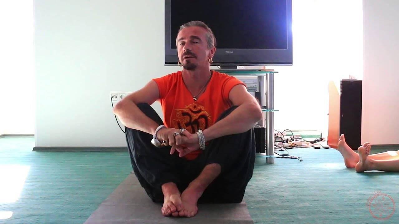 Начните разностороннее развитие и улучшите жизнь с помощью шри шри йоги