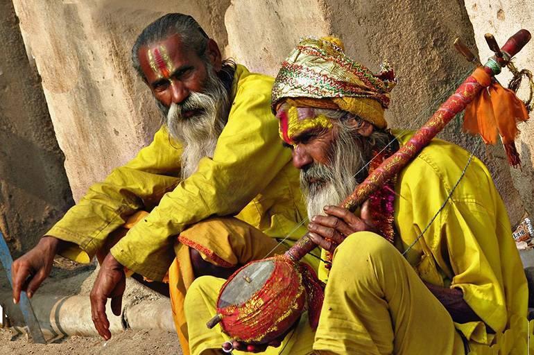 Брахманы - жизнь и происхождение высшей касты жрецов в индии.