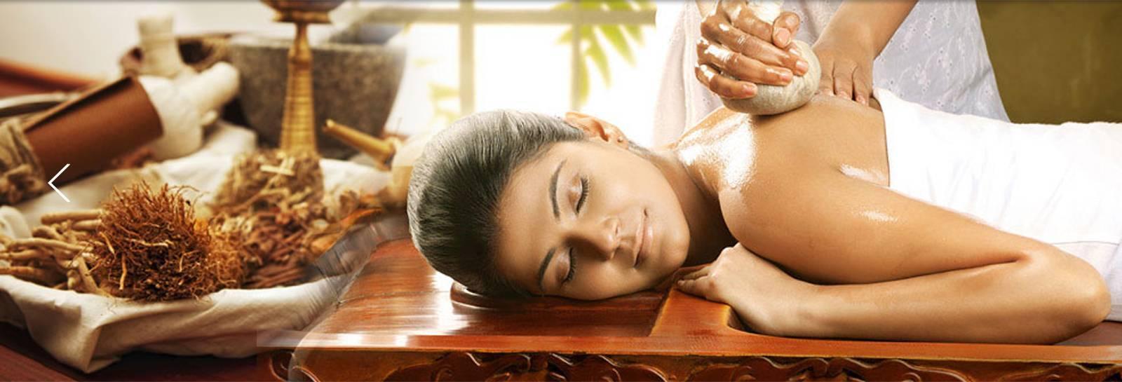 Индийский аюрведический массаж – что это, как делается и есть ли в нем польза