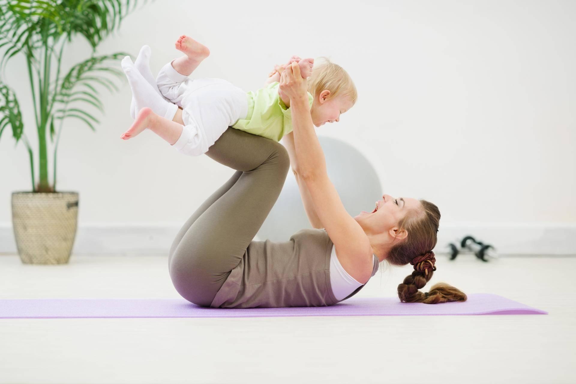 Бэйби йога: на заметку родителям грудничков