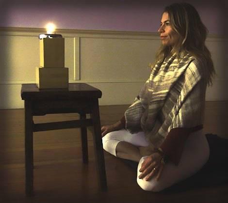 Что такое упражнение тратака? продержитесь 10 секунд смотря на свечу -