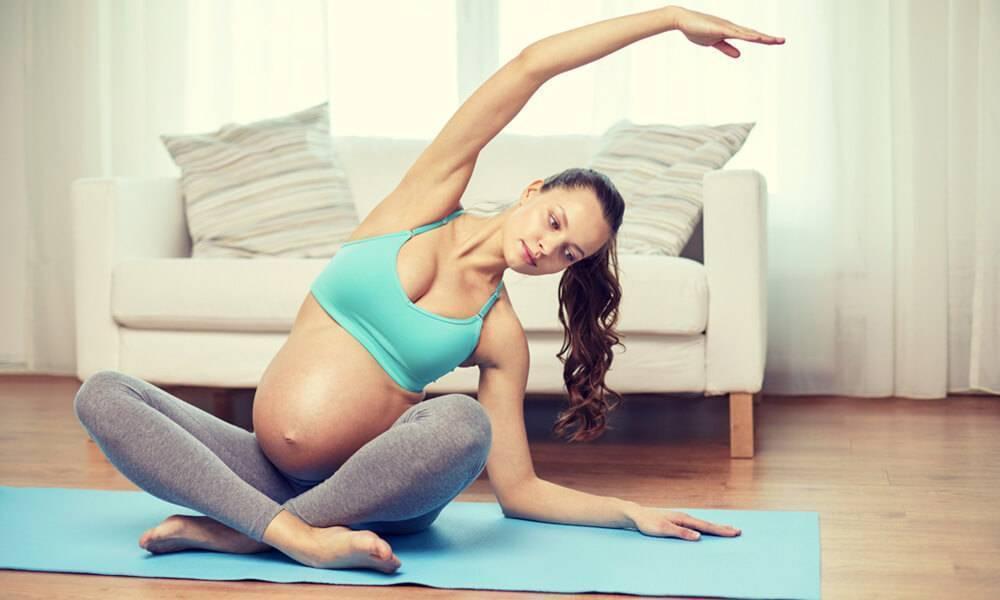 Йога для беременных 1 триместр: упражнения и подборка видео в домашних условиях
