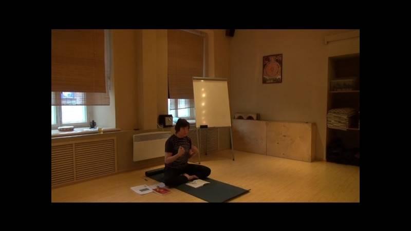 Польза йоги для детей: упражнения и правила проведения занятий