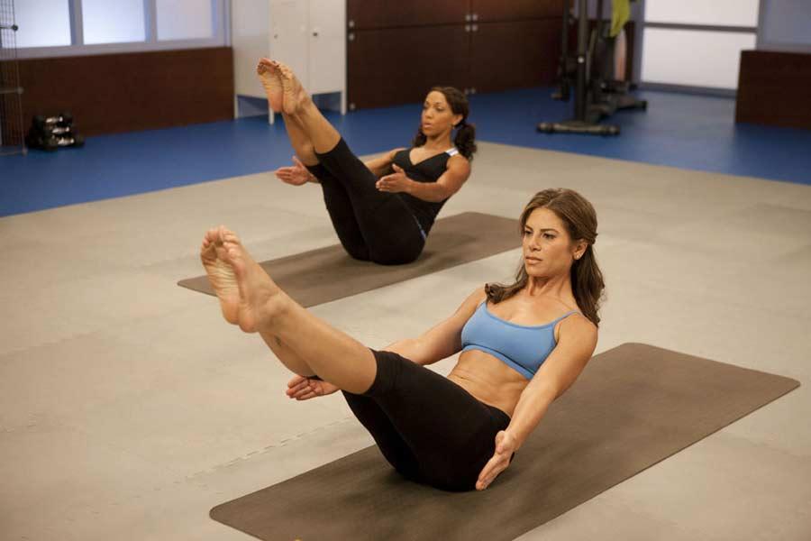 Польза йоги для похудения для начинающих в домашних условиях, программа занятий для красивой фигуры