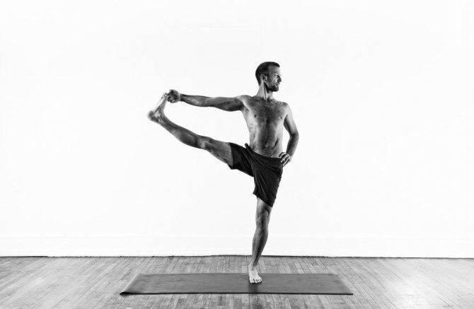 Асана уттхита хаста падангуштхасана: техника выполнения