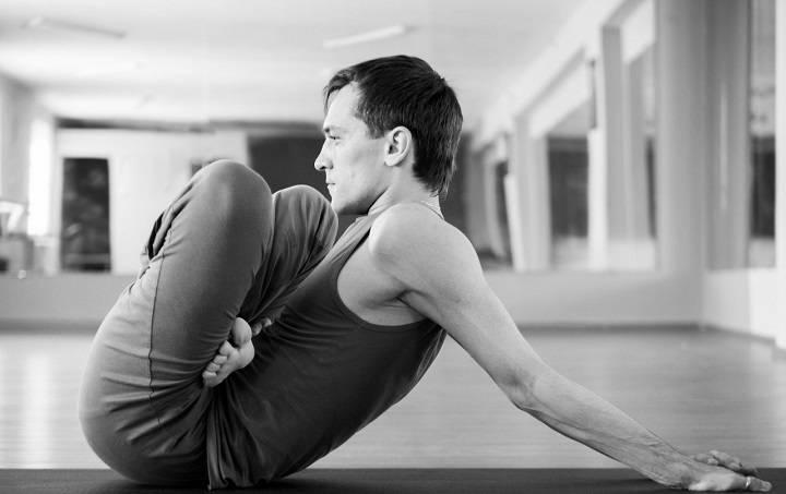 Заняться йогой никогда не поздно: йога для тех, кому за 50