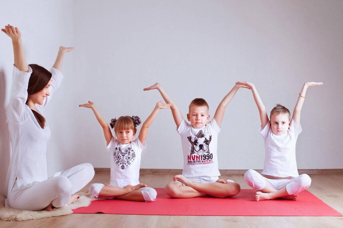 Детская йога. 6 простых и веселых асан для детей — indiastyle