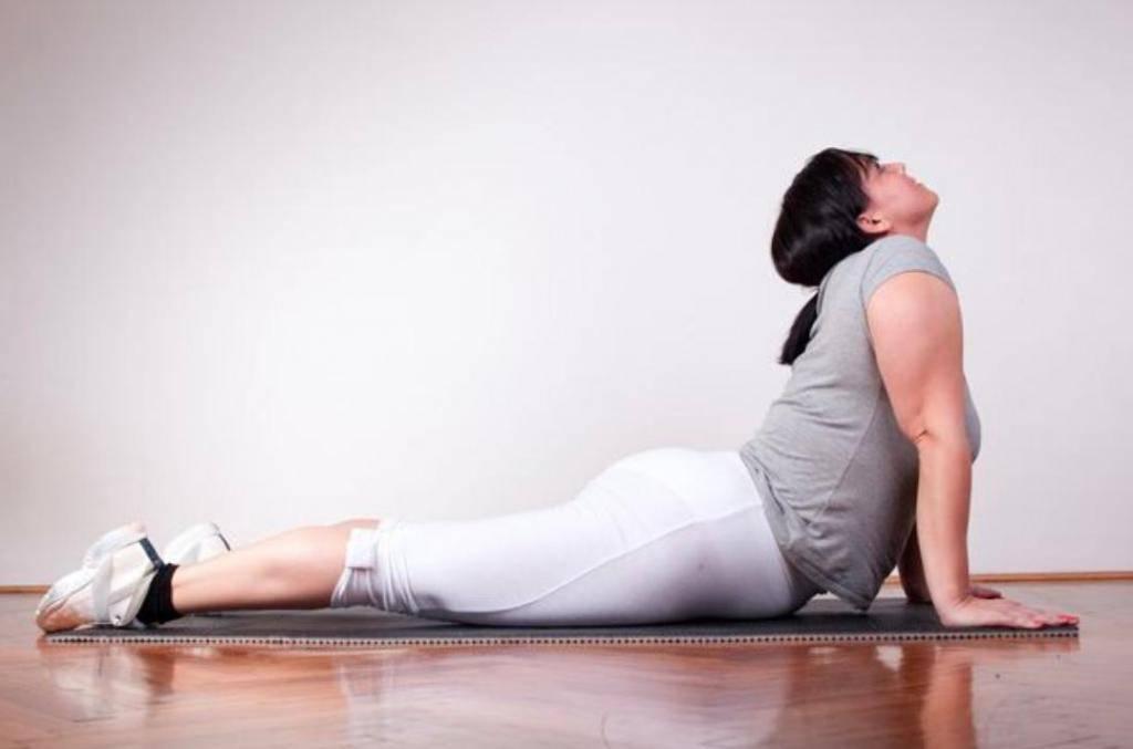 6 поз йоги, которые преобразят ваше тело | relife