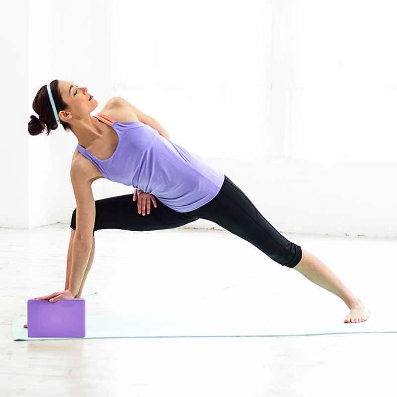 9 приспособлений для йоги, облегчающих практику