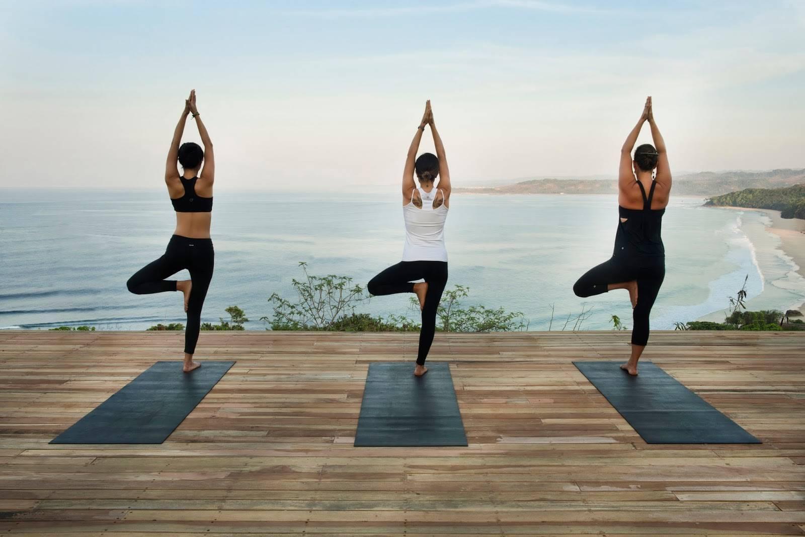 Подходящие виды йоги для начинающих и их отличия