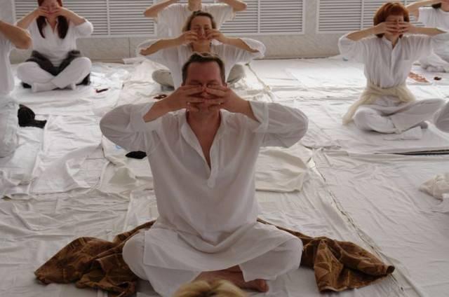 Тратака – практика йоги для глаз и ума
