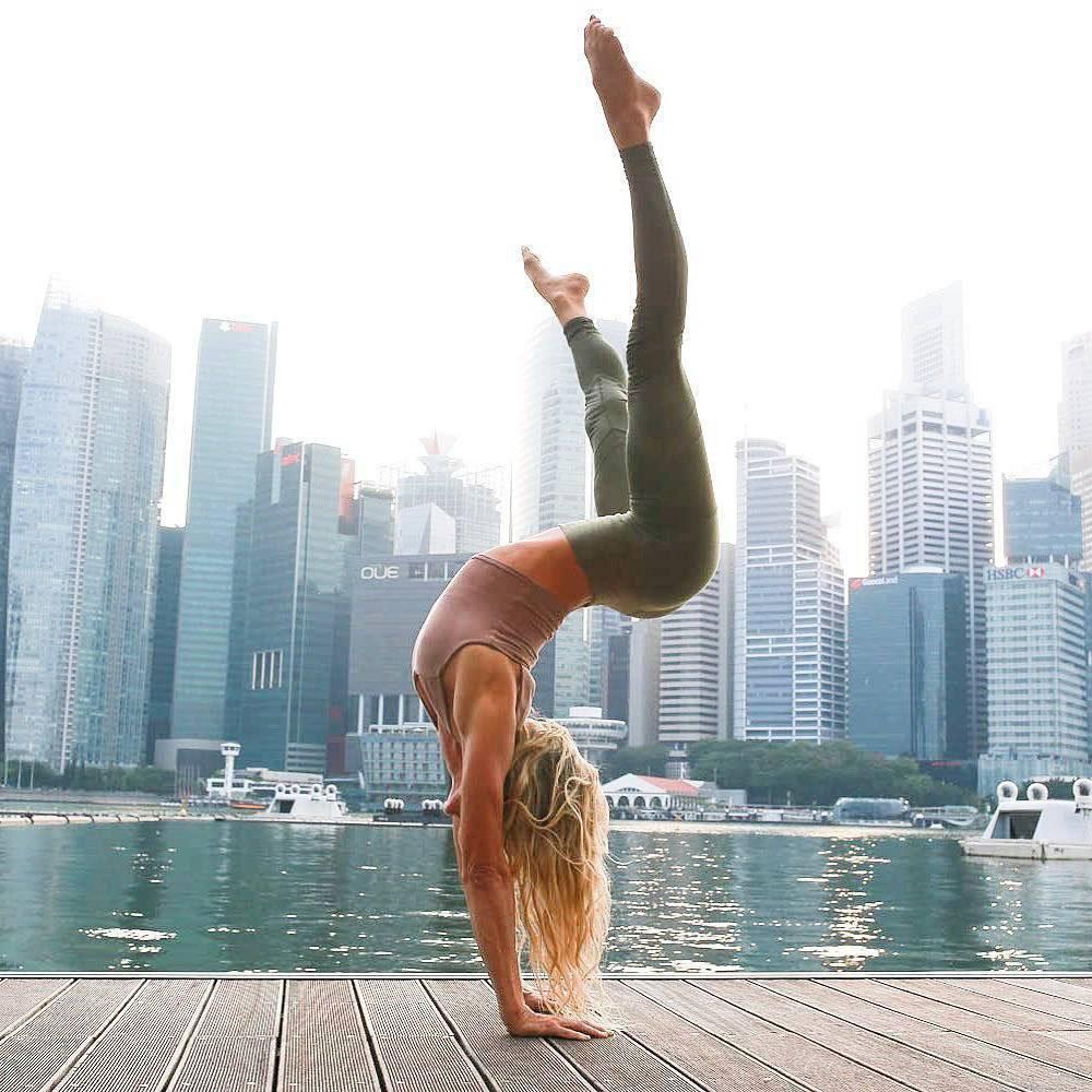 7 самых экстремальных асан йоги