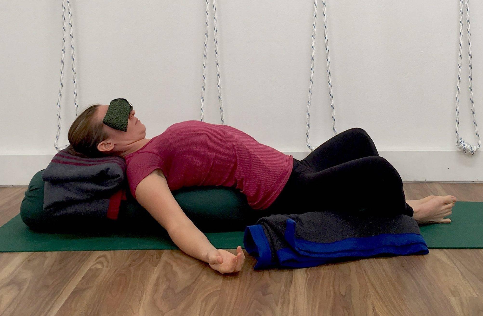 Баддха конасана – пошаговая инструкция выполнения позы бабочки в йоге и ее польза