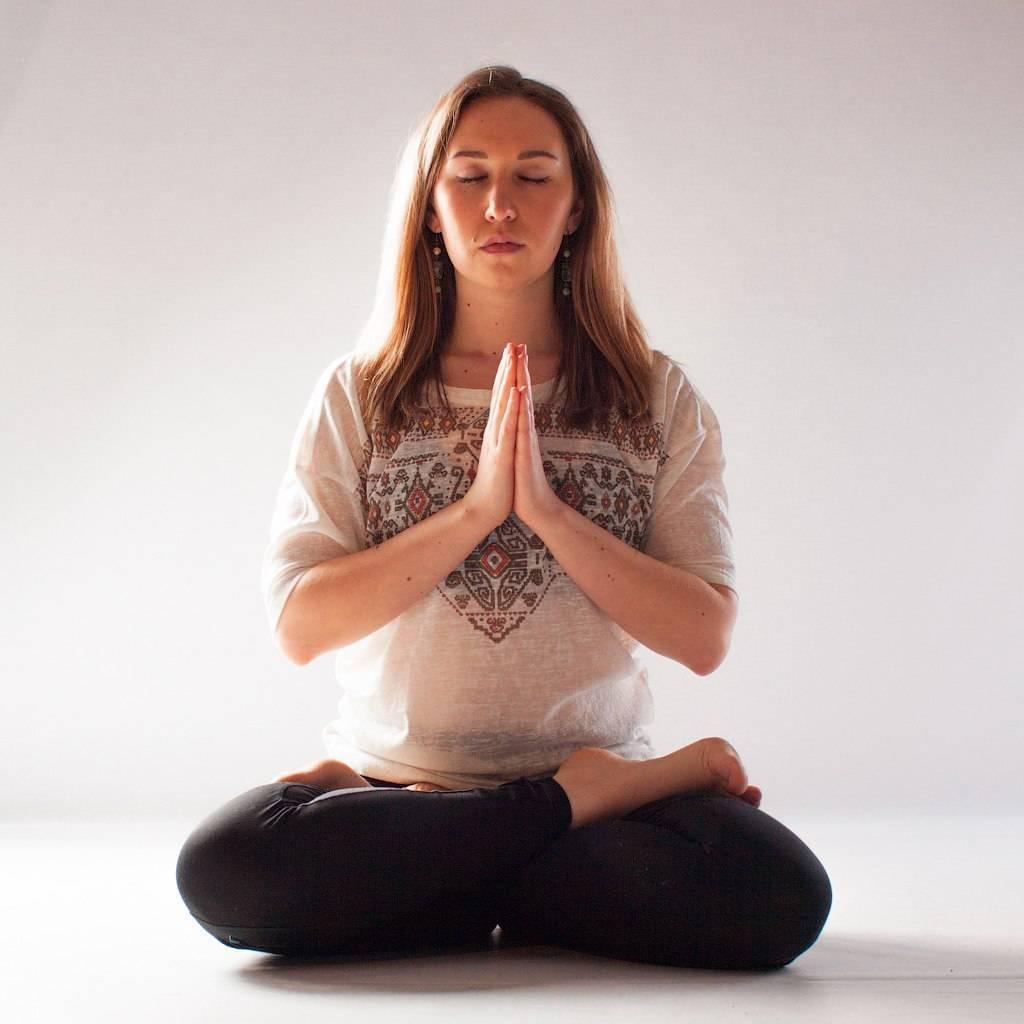 Как стать тренером по йоге с нуля   доходинет.ru