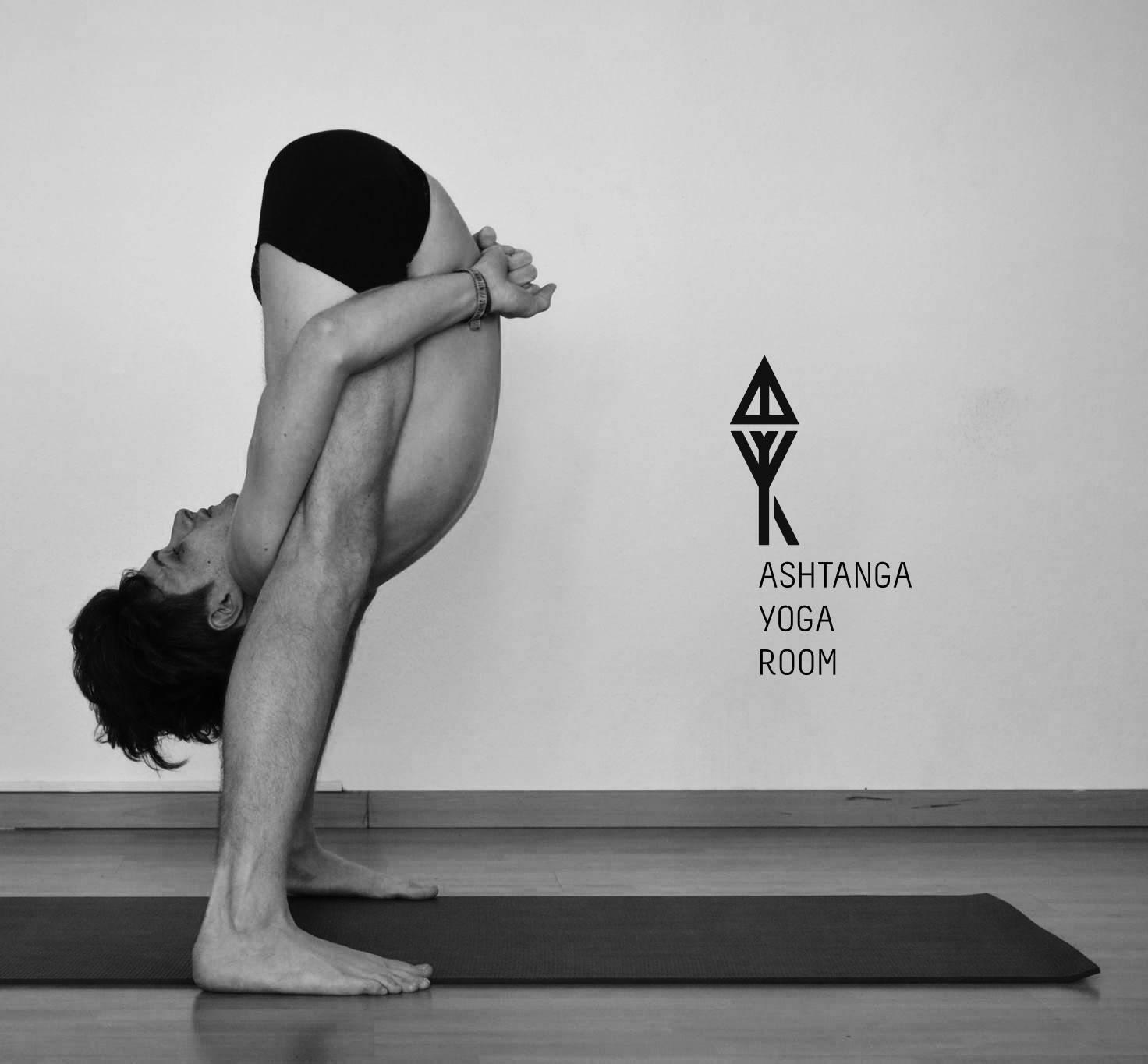 Все особенности и принципы аштанга-виньясы йоги: мощное укрепление тела и духа