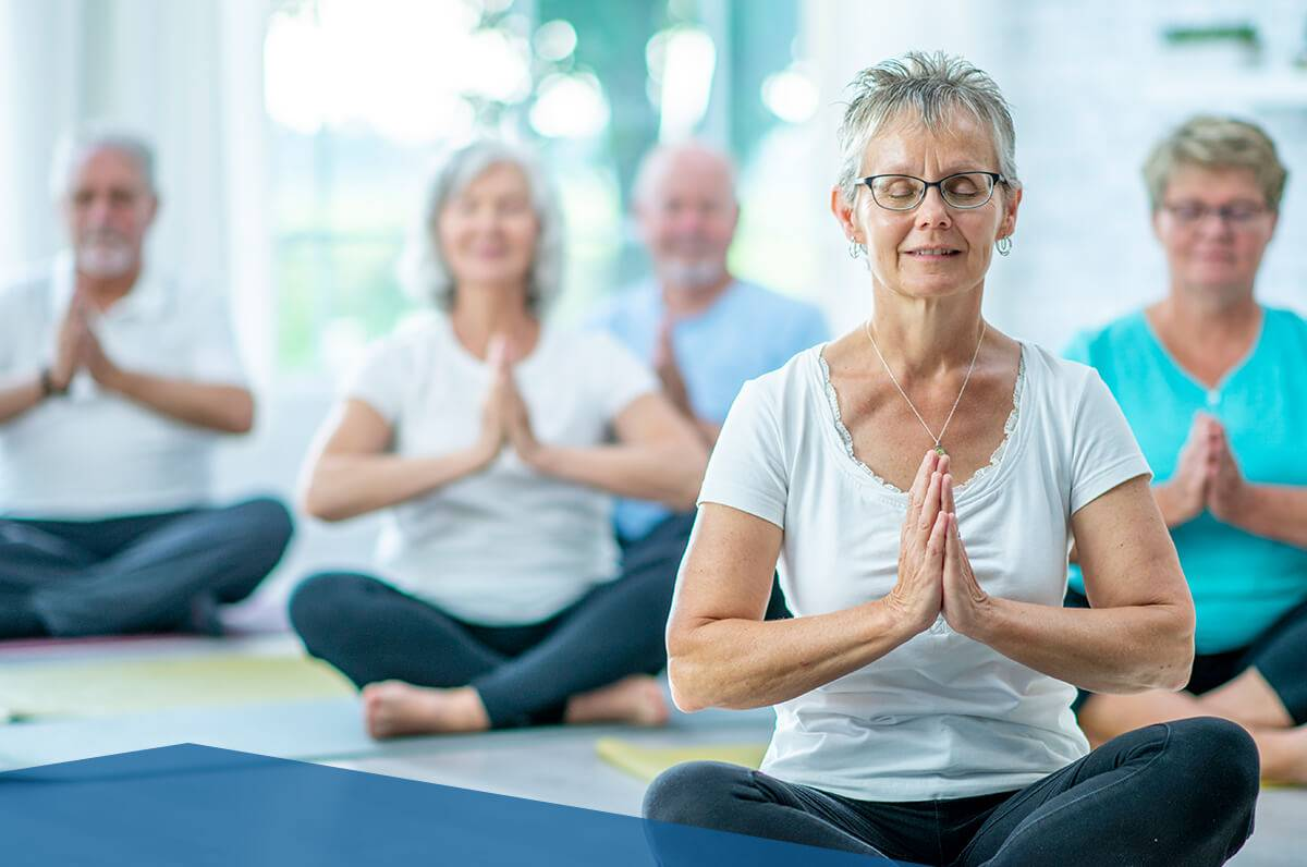 Йога для пожилых людей: комплекс упражнений, рекомендации, видео