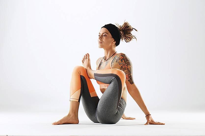 Гормональная йога для женщин: упражнения, особенности, методика