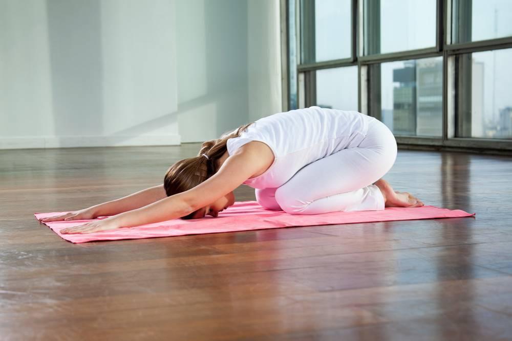 Йога перед сном — позы для начинающих