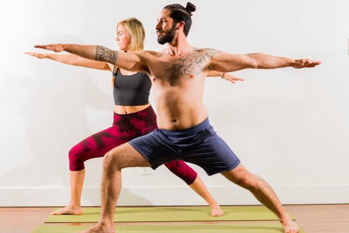Фитнес-йога: видео упражнений, комплексы для начинающих, а также польза практики