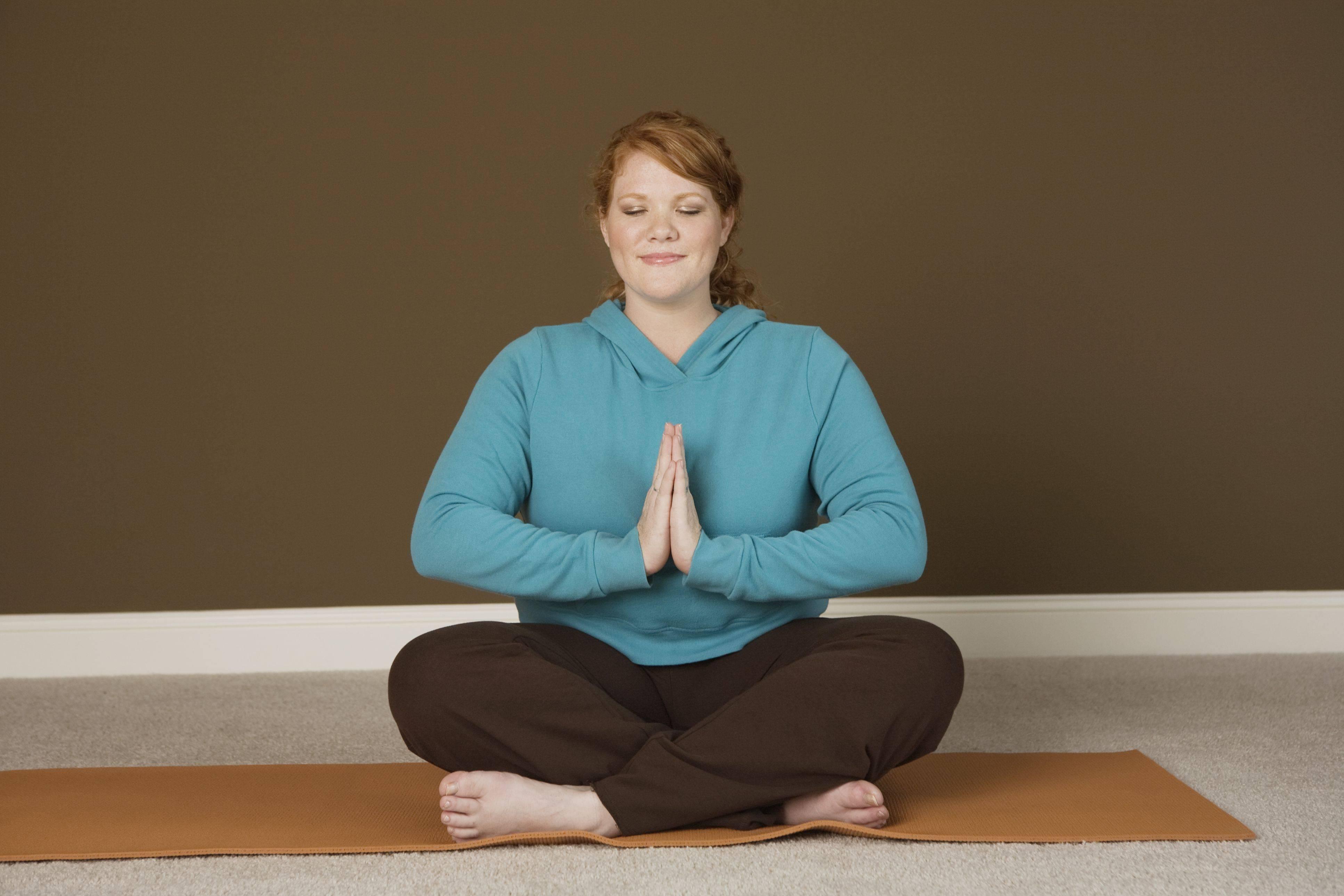 6 йога-советов для полных людей