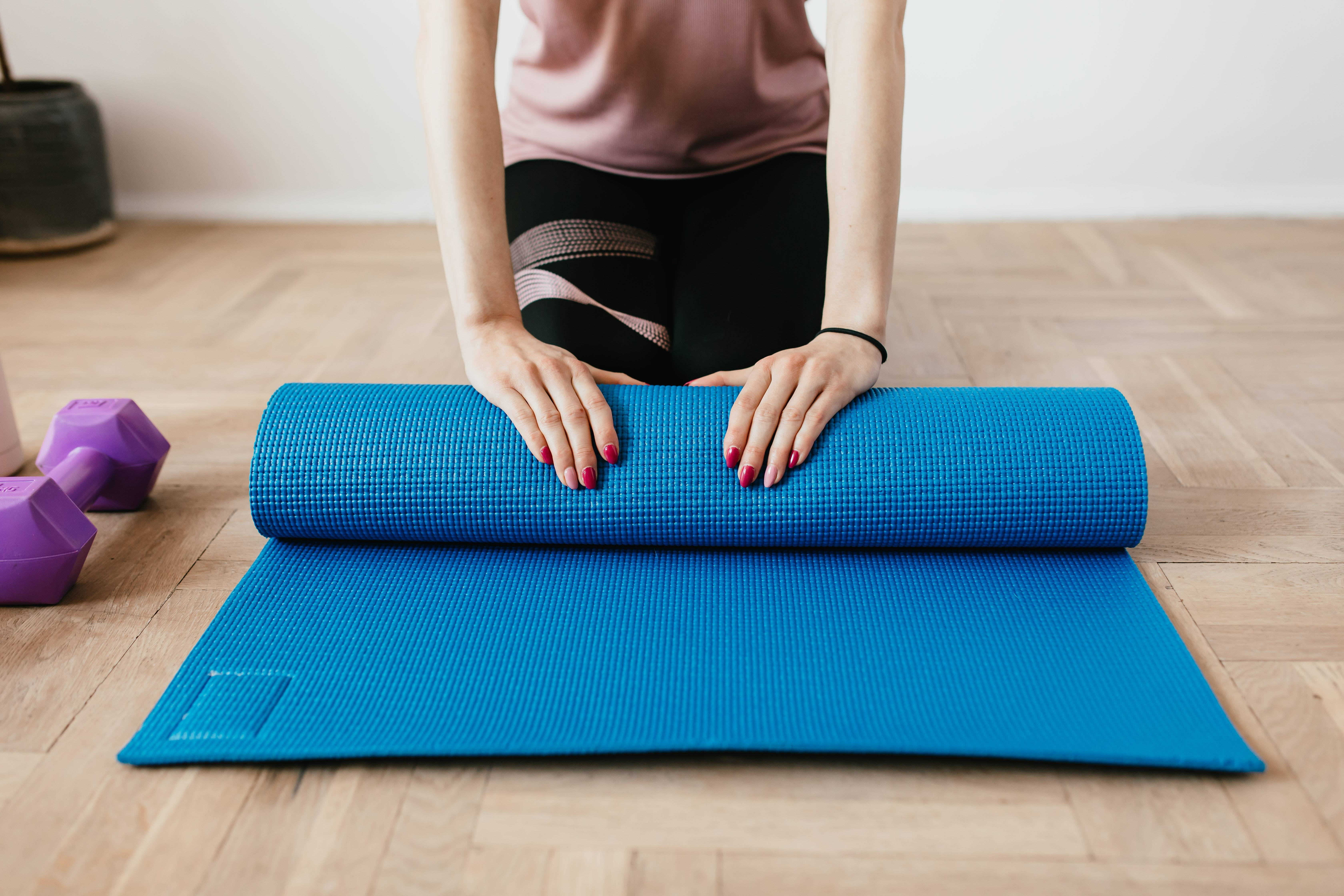 Топ-6 лучших ковриков для йоги – рейтинг 2021 года