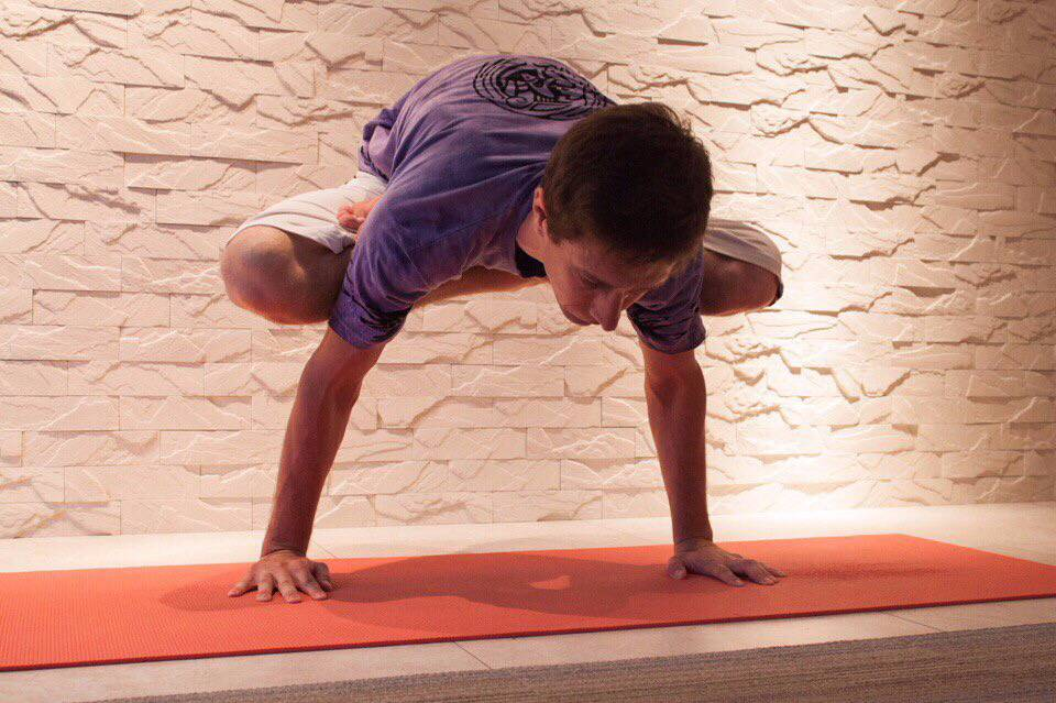 Йога без духовности: зачем нужна силовая йога | vivavita