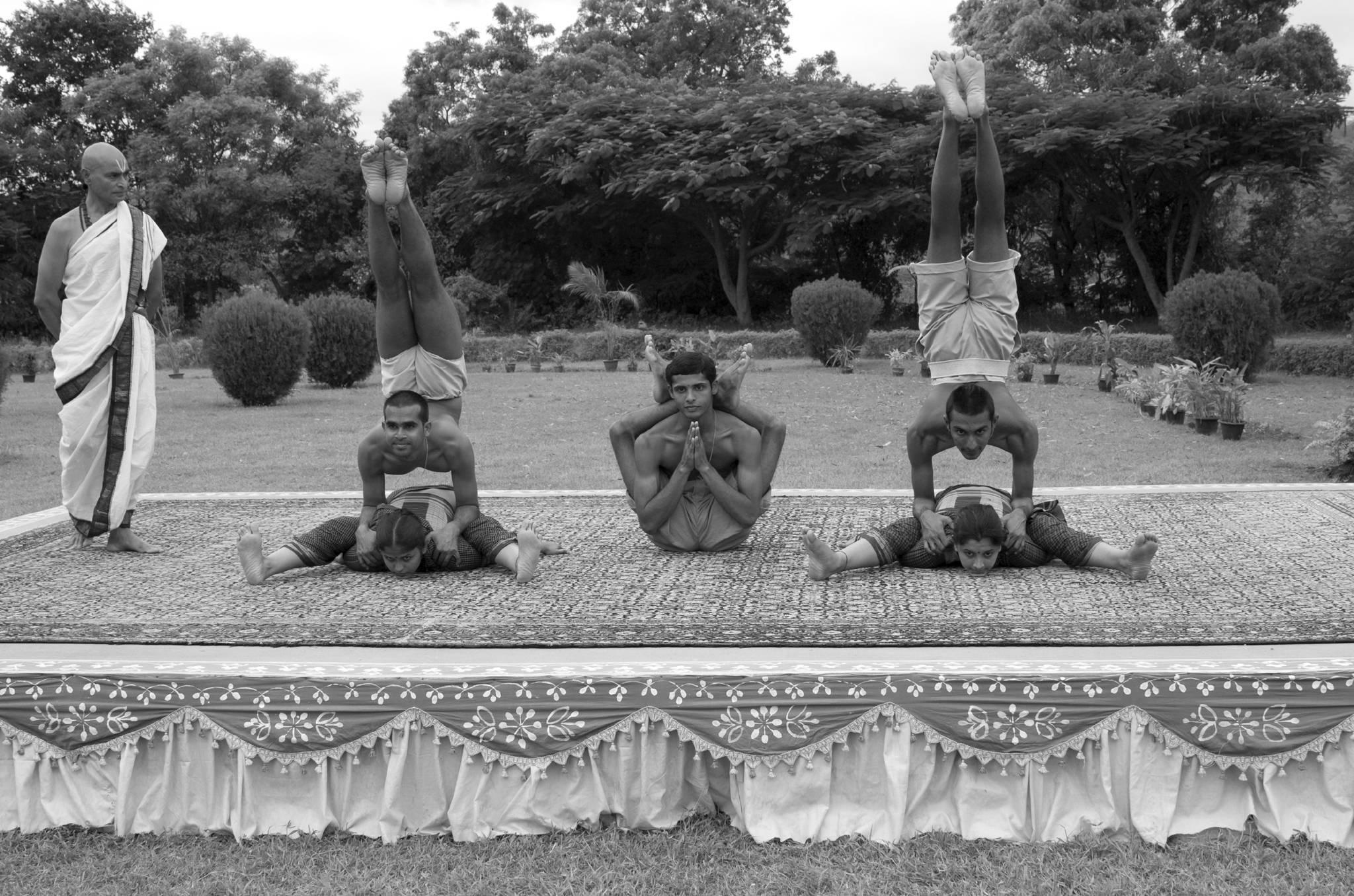 Восьмиступенчатая система йоги и путь духовного развития