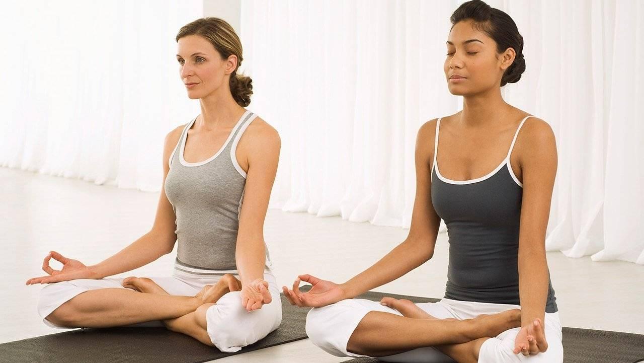 Эффективна ли йога при ВСД